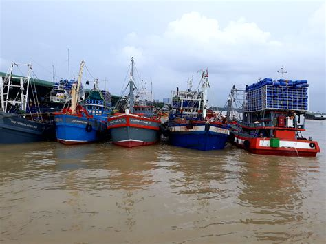 Boat Tour Yangon by boat and around yangon gulliver travels and tours