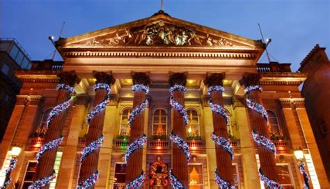 christmas decorations edinburgh ideas christmas decorating