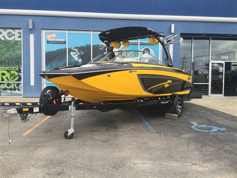 Tige Boats Usa by Tige Rzr 2014 For Sale For 69 900 Boats From Usa