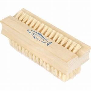 Wooden Nail Brush 102mm - Toolstation