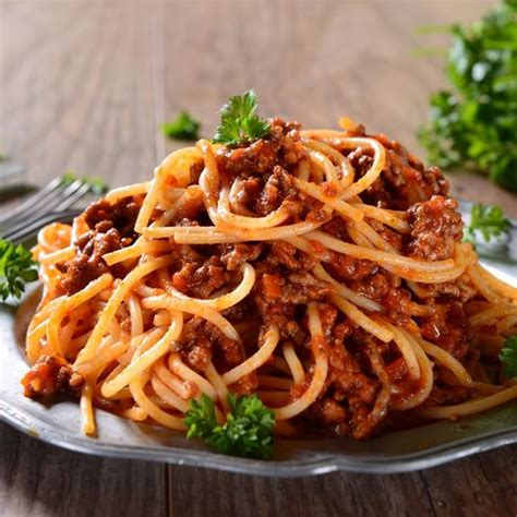 recette pate a la bolognaise maison recette spaghettis bolognaise rapides facile