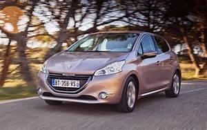 Rappel Constructeur Peugeot 208 : essence ou diesel quelle peugeot 208 choisir l 39 automobile magazine ~ Maxctalentgroup.com Avis de Voitures