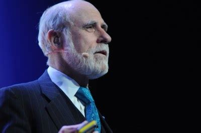 Vint Cerf, um dos criadores da internet, fala sobre os ...