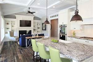 Lighting options over the kitchen island also pendant
