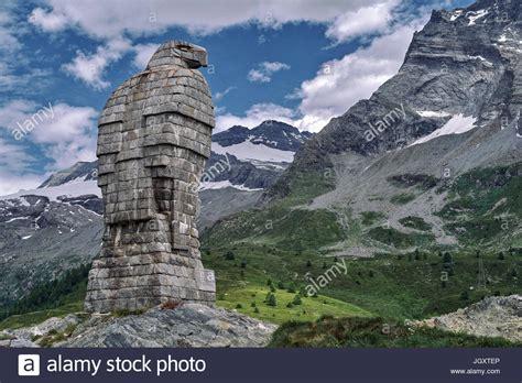 Haus Kaufen Italien Schweizer Grenze by Simplon Pass In Den Schweizer Alpen Grenze Zwischen Der