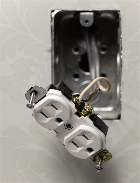 connecting  electrical outlet receptable