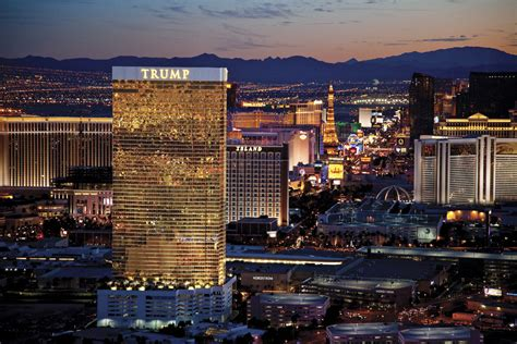 luxury las vegas hotels trump hotel las vegas photo