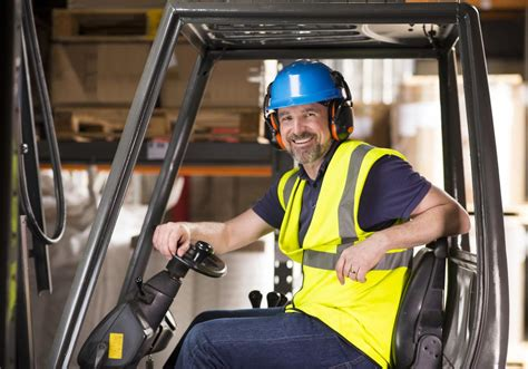 Requirements For Overseas Trucking Jobs You'd Want To Know