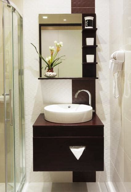 Bathroom Vanities For Small Spaces by 25 Small Bathroom Design And Remodeling Ideas Maximizing