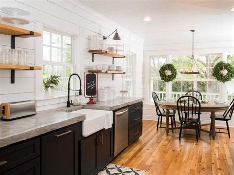 Fixer Kitchen Decor Ideas by Fixer In 2019 Kitchens Fixer Kitchen