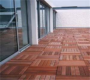 Dalle Composite 50x50 : caillebotis bois terrasse ~ Premium-room.com Idées de Décoration
