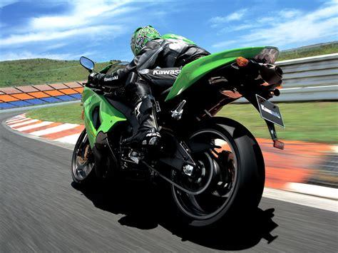 Kawasaki Ninja Rx Bike Hd Wallpaper