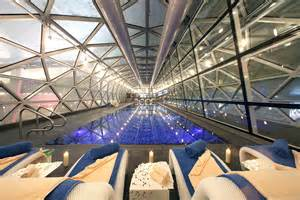Showers In Dubai Airport by Doha Airport Opens Transit Hotel With Pool Spa And Squash