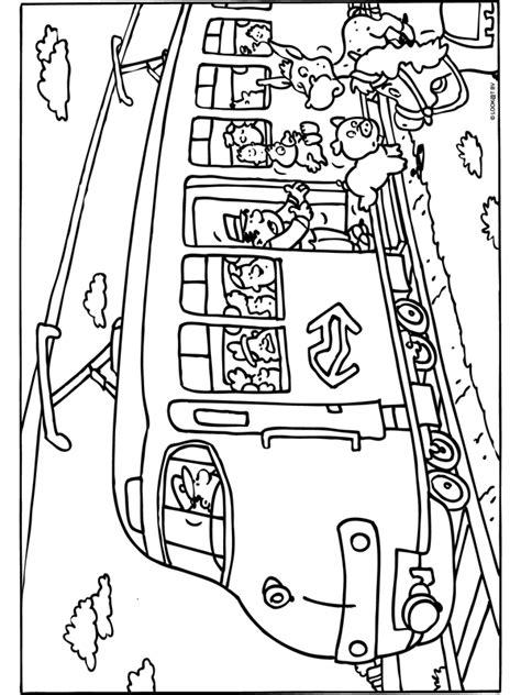 Trein Kleurplaat Ns by Kleurplaat Dieren In De Trein Kleurplaten Nl