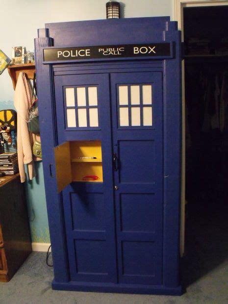 Tardis Cupboard by 17 Best Ideas About Tardis Bookshelf On Doctor