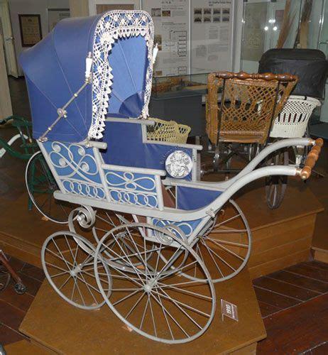 schloss für kinderwagen kinderwagensammlung schloss moritzburg zeitz kinderwagen dolls prams baby strollers und