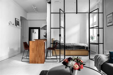 Interior Decorating Tips For Small Homes by Minimalist Design Tips How To Make A Small Space Look