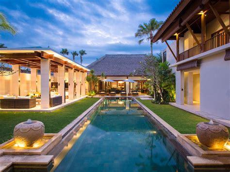 Modern Balinese Style Villa In Seminyak Bali