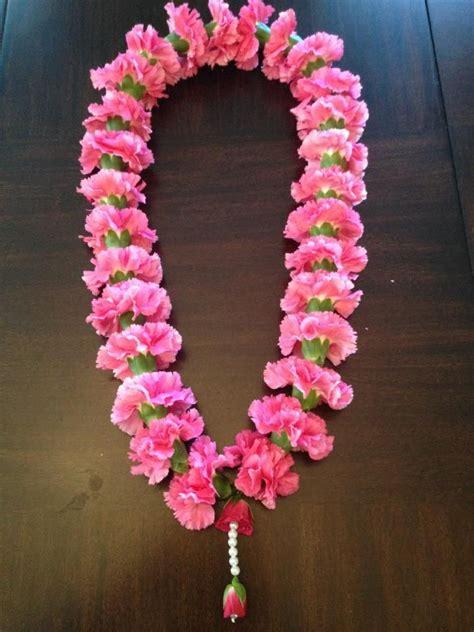 pink  garland   guests jaimala  royal