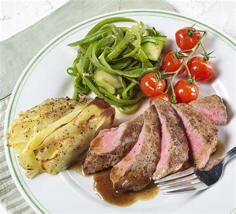 tourelle cuisine rumsteck et tourelle de légumes verts colruyt