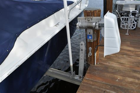 Golden Boat Lifts For Sale by 14 000 Golden Boat Lifts Beamless Boat Lift For Sale The