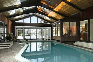 Indoor pool with a retractable roof outdoor dreams for Indoor pool with retractable roof