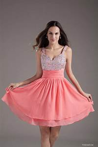 Things to Know When Buying Pink Dresses for Women