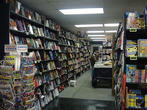 Where Can I Buy Comic Books And Graphic Novels?  How To