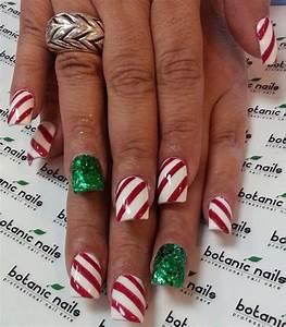 Festive christmas acrylic nail designs photos