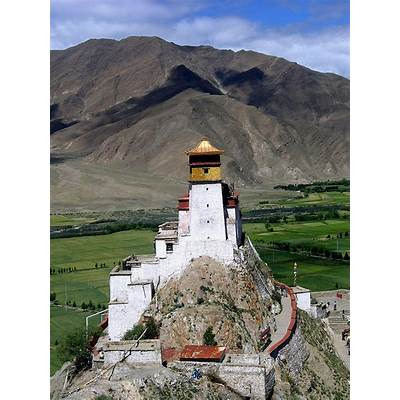 Yungbulakang Palace in Yarlung Valley Tibet – Just Wunderlust