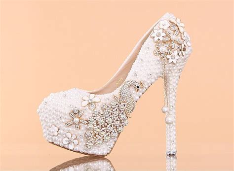White Pearl Crystal Wedding Shoes High Heeled Round Toe Diamond Bride Shoes Comfortable Party Wedding Locations Big Sur In Maryland Chapels Rhode Island Oahu Pigeon Forge Gatlinburg Queensland Georgia Toronto Area
