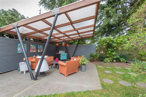 tammy sells midcentury house to travel america by cer
