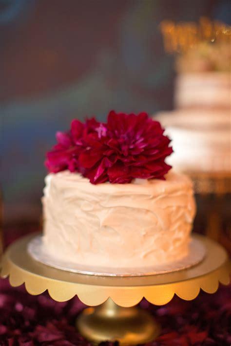 single tier red velvet wedding cake