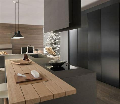 cuisine noir plan de travail bois cuisine et bois un espace moderne et intrigant