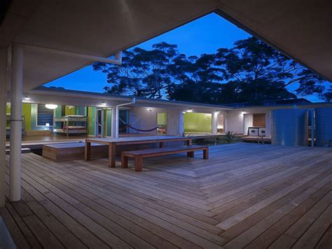 interior courtyard house designs small courtyard house plans holiday home plans treesranchcom