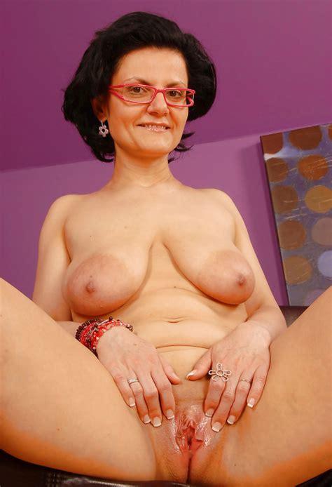 Mature Saggy Tits Chris121213