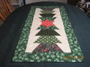 Christmas Table Runner Patterns Free