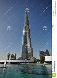 Torre Di Burj Khalifa Nel Dubai Immagine Stock Editoriale