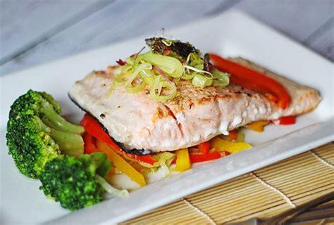 cuisiner un saumon entier berry gourmand cuisine gastronomie recettes et tests