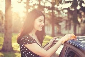 Comment Nettoyer L Intérieur D Une Voiture : comment nettoyer des taches sur la carrosserie d une voiture gar e sous un tilleul ~ Gottalentnigeria.com Avis de Voitures