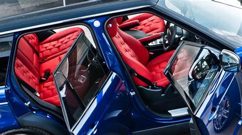 kahn design red interior package    range rover