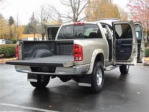 2004 Dodge Ram 2500 4x4    5 9 Cummins Diesel    6 Speed