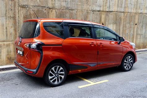 Review Toyota Sienta by Toyota Sienta 1 5v Review It Fits Drive Safe