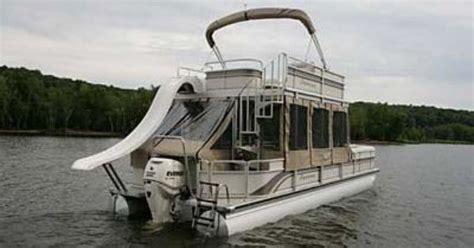 premier pontoon       houseboat pontoon