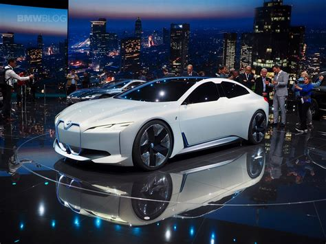 BMW i Vision Dynamics - Live photos and videos