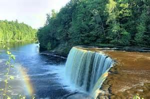 Michigan Waterfalls Tahquamenon Falls