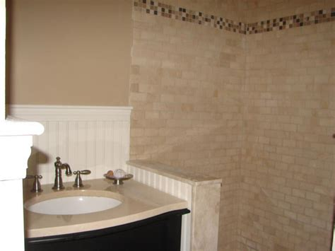 Decorative Bathroom Tile - 25 wonderful ideas and pictures of decorative bathroom