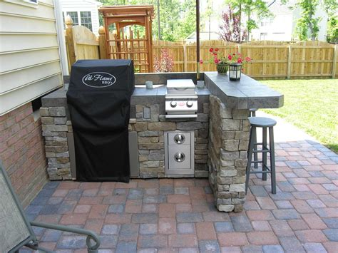 outdoor kitchen tile beautiful outdoor kitchen designs decorated with small 1309
