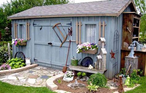 Construire Cabane De Jardin by Comment Construire Abri De Jardin En Bois Astuces Et