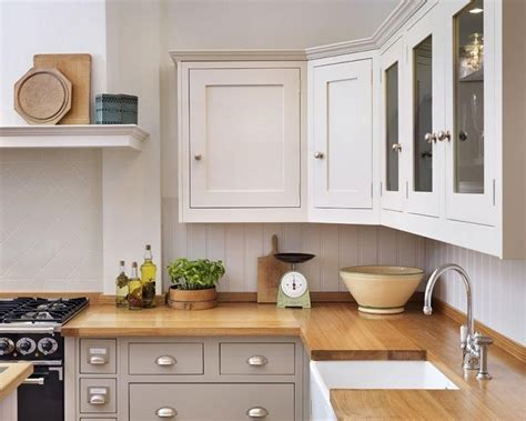 kitchen cabinet pelmet shaker kitchen different colour units top and bottom nb 2668